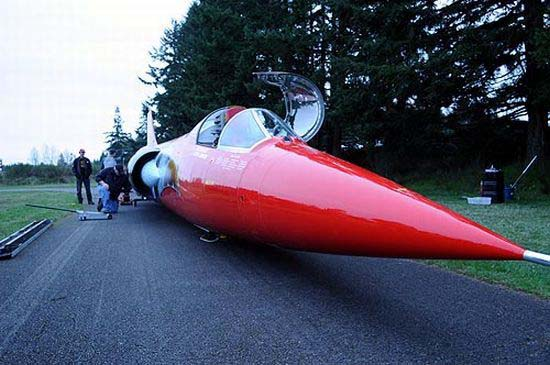 Supersonic car North American Eagle