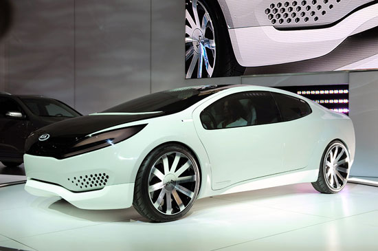 Kia Ray Hybrid Concept Car 01