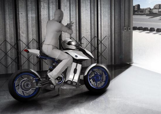 Fuel Cell Powered BMW Bike 03
