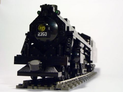 Illinois-Central-4-8-2-Made-by-Lego-06
