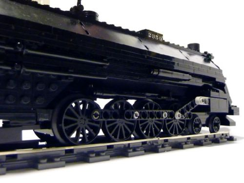 Illinois-Central-4-8-2-Made-by-Lego-07