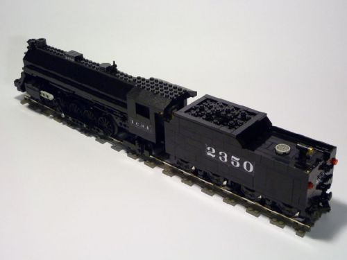 Illinois-Central-4-8-2-Made-by-Lego-08