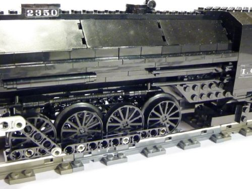 Illinois-Central-4-8-2-Made-by-Lego-09