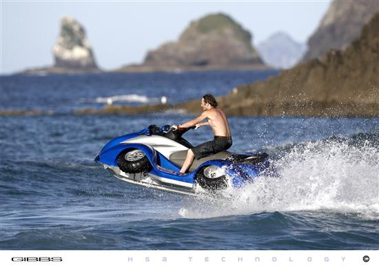 Quadski-Four-Wheel-Amphibious-Vehicle-01