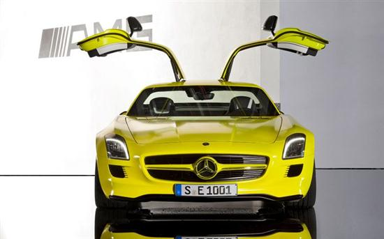 Mercedes-Benz SLS AMG Electric Car Prototype 01