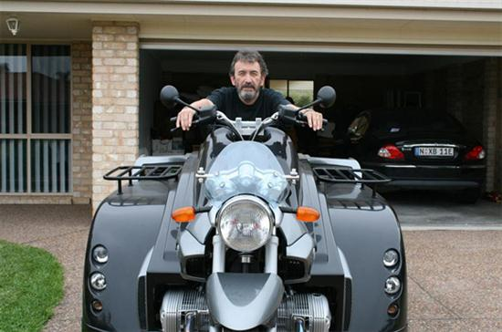 Conquest Motorcycle An Motorcycle for Wheelchair Users 02