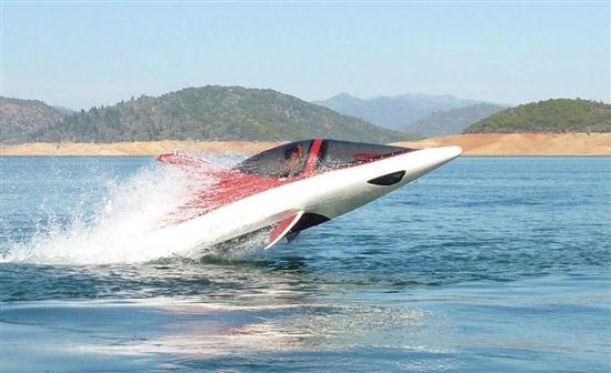Seabreacher-X-Personal-Shark-Shaped-Watercraft-01