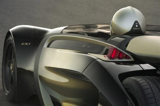 Peugeot-EX1-Electric-Vehicle-Concept-05