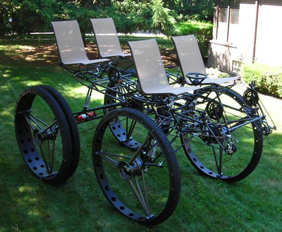 Quad-Bike-With-Lawn-Chairs-01
