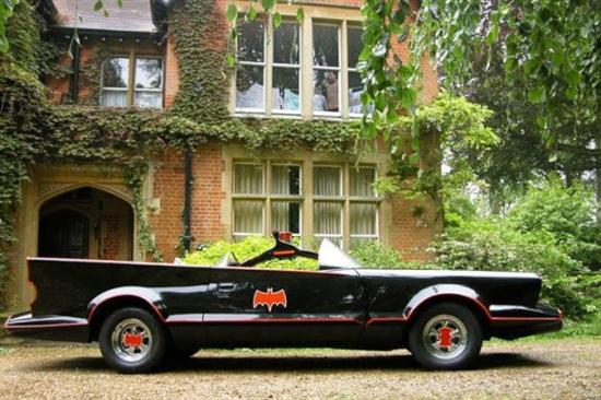 1966 Batmobile Replica That is Officially Licensed 05