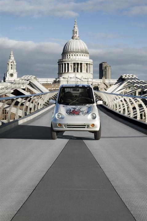London G-Wiz Electric Car 03