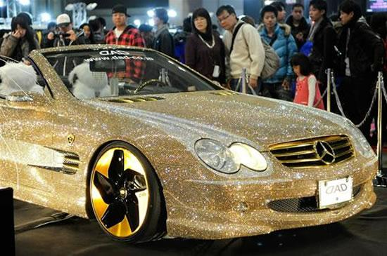 Mercedes-Benz SL600 Covered With 300,000 Swarovski crystals - Cars show