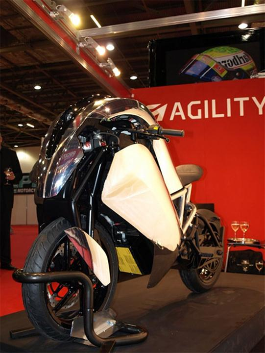 Agility Saietta Electric Motorcycle Hits The Streets in April - 05