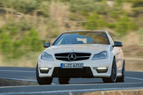 2012 C63 AMG Coupe Delivers Up to 481 hp -01
