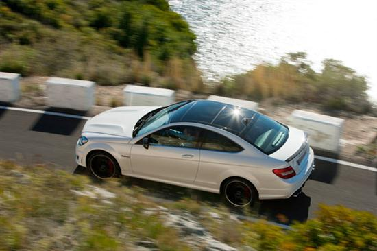 2012 C63 AMG Coupe Delivers Up to 481 hp -02