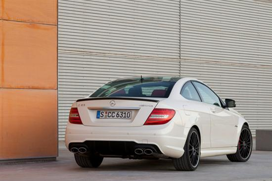 2012 C63 AMG Coupe Delivers Up to 481 hp -03