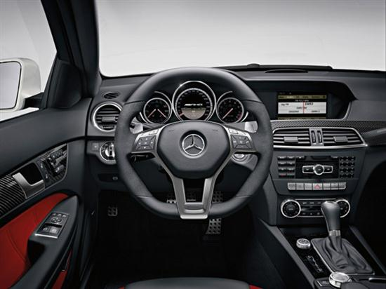 2012 C63 AMG Coupe Delivers Up to 481 hp -06