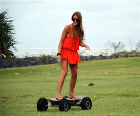 Electric Skateboard with ABS Brakes and Wireless Remote - 04