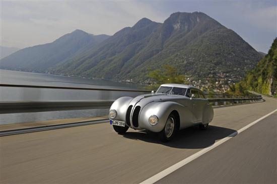 75 Years Old BMW 328 - 01