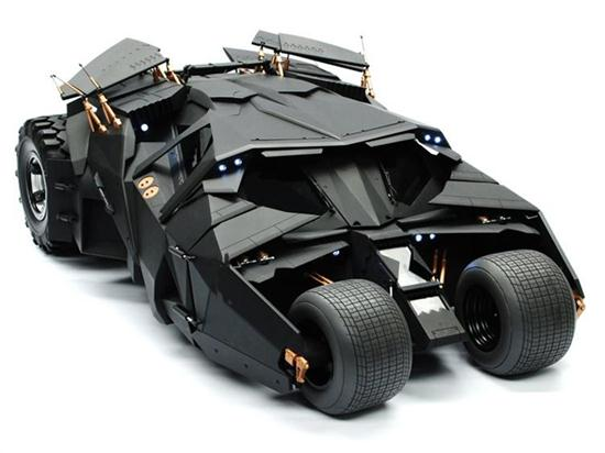 1-6 Scale The Dark Knight Batmobile-01