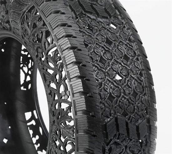 Hand-Carving Car Tires - 02