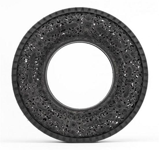 Hand-Carving Car Tires - 03