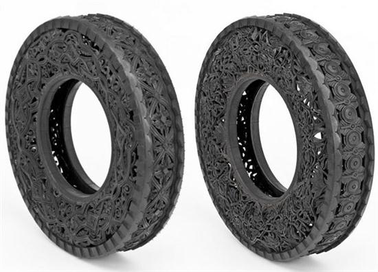 Hand-Carving Car Tires - 07