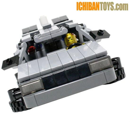 Lego DeLorean DMC-12 - 01