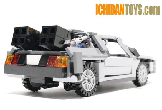 Lego DeLorean DMC-12 - 03
