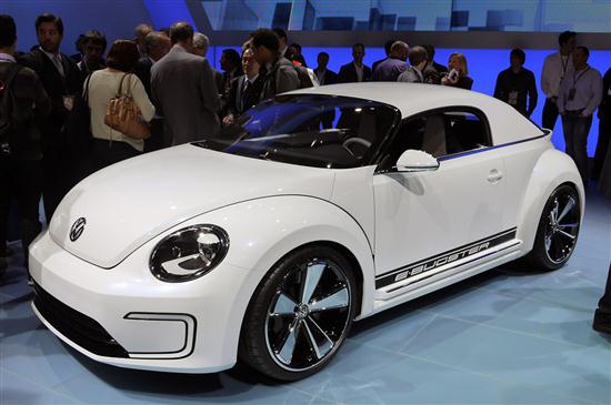 Volkswagen E-Bugster Concept Presented at Detroit Auto Show 2012 - 01