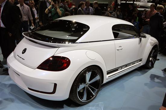 Volkswagen E-Bugster Concept Presented at Detroit Auto Show 2012 - 02