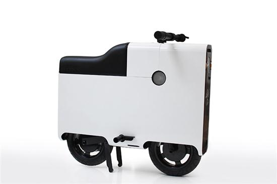 BOXX Electric Scooter in Shape of Suitcase - 03