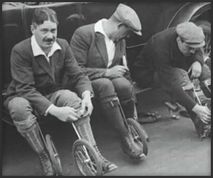 Cycle-Skating New Sport from 1923 - 01