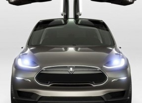 Tesla Model X Available from September