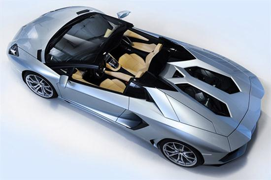 Aventador LP 700-4 Roadster With Removable Top - 03
