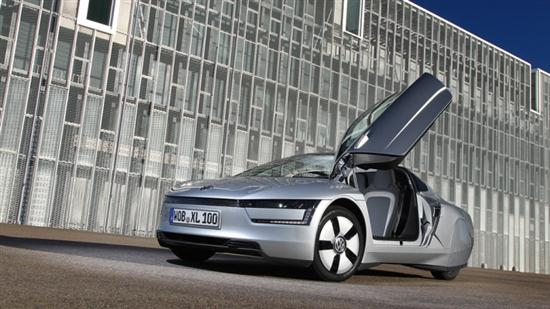 Volkswagen XL1 Gets 62 Miles on Only One Liter of Fuel - 01