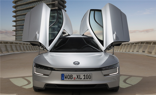 Volkswagen XL1 Gets 62 Miles on Only One Liter of Fuel - 03