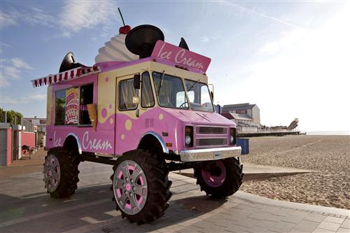 Skoda monter truck ice cream van