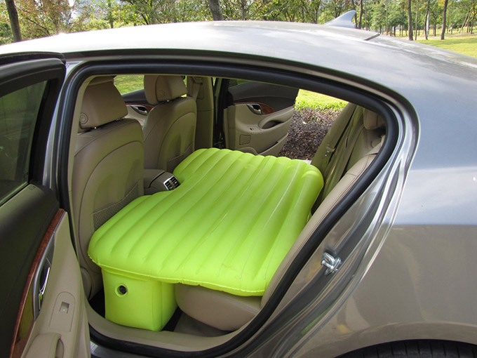 Car Travel Inflatable Soft Mattress 01