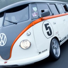 Volkswagen T1 Race Taxi with a 530HP Porsche Engine