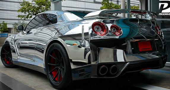 Chrome Nissan GT-R by Prodrive 02