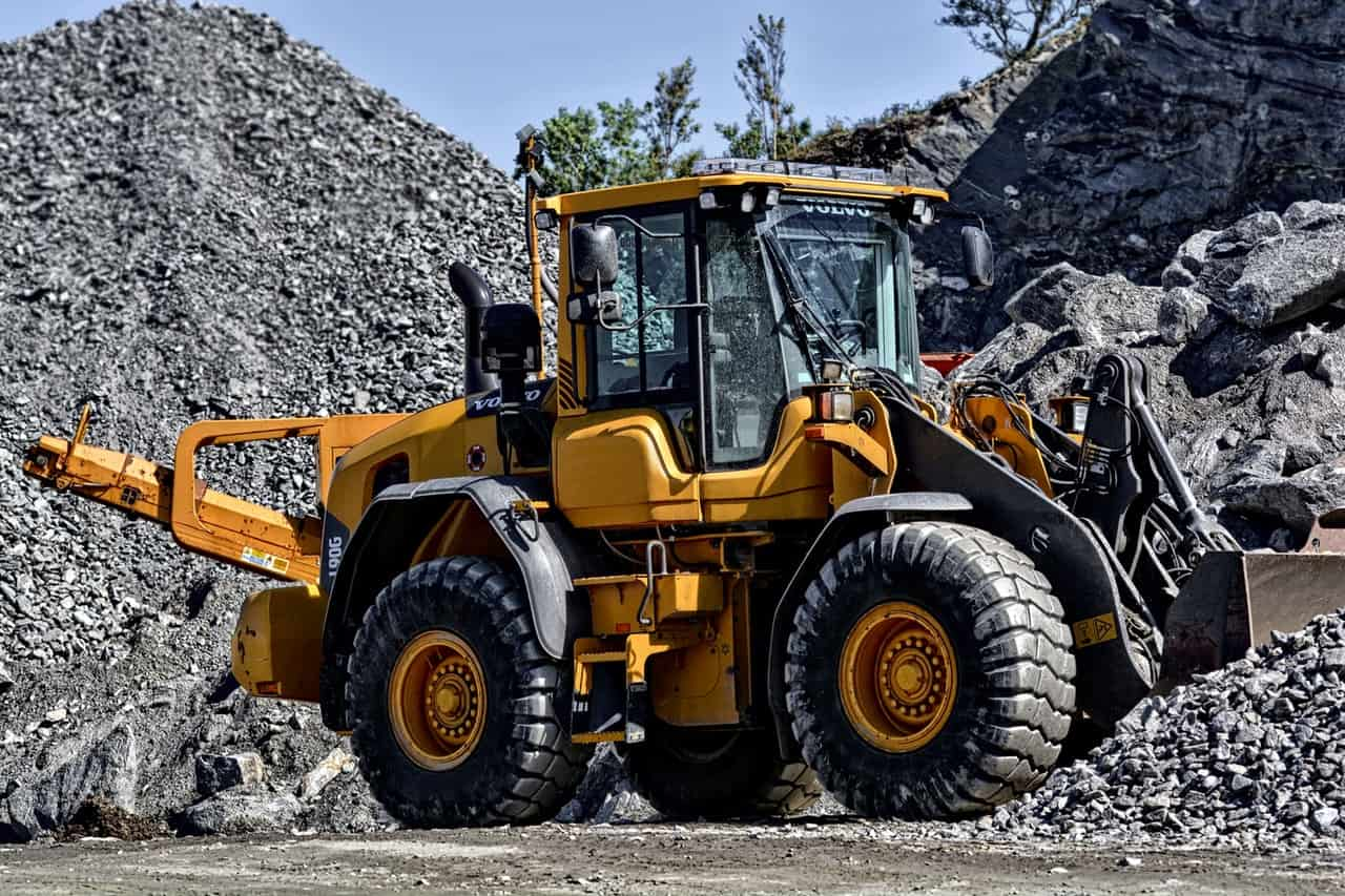 5 Things You Should Know About Construction Equipment