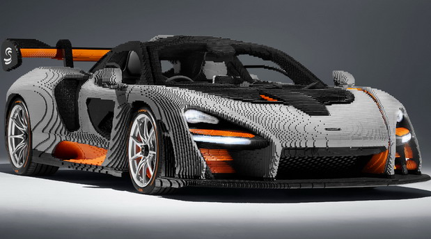 LEGO McLaren Senna in Scale 1:1