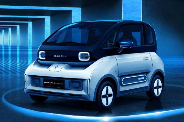 Baojun Electric Cars E300 and E300 Plus Mini for under $10,000